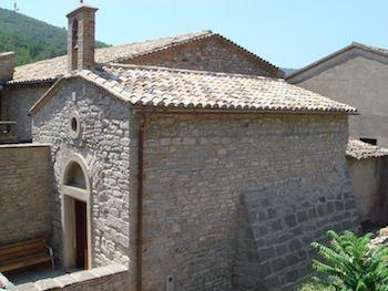 Arenado de fachadas y paredes de piedra, ladrillo u hormigón